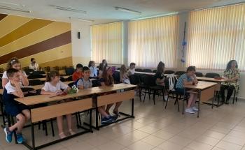 Записване за учебната 2021-22 г. в езиковите кабинети в Мадан и Девин