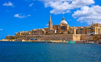 Езикова ваканция в Малта през юли