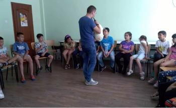 Богатството на българския фолклор в Лятна академия Cambridge English във Велико Търново