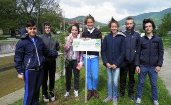 """Училища ЕВРОПА - Сливен се включиха в инициативата """"Гората на ЕВРОПА"""""""